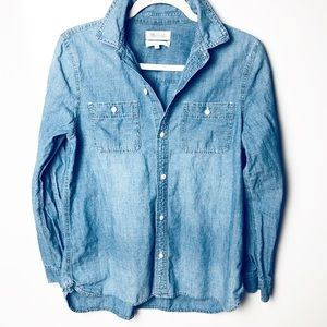 Madewell Light Wash Chambray Button Down Top L